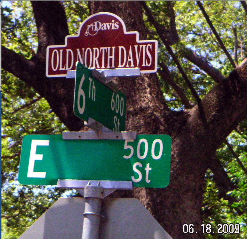 Heritage Signs Extended to 6th Street