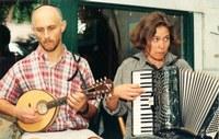 Folk Music Jam Sessions In the UC Davis Arboretum